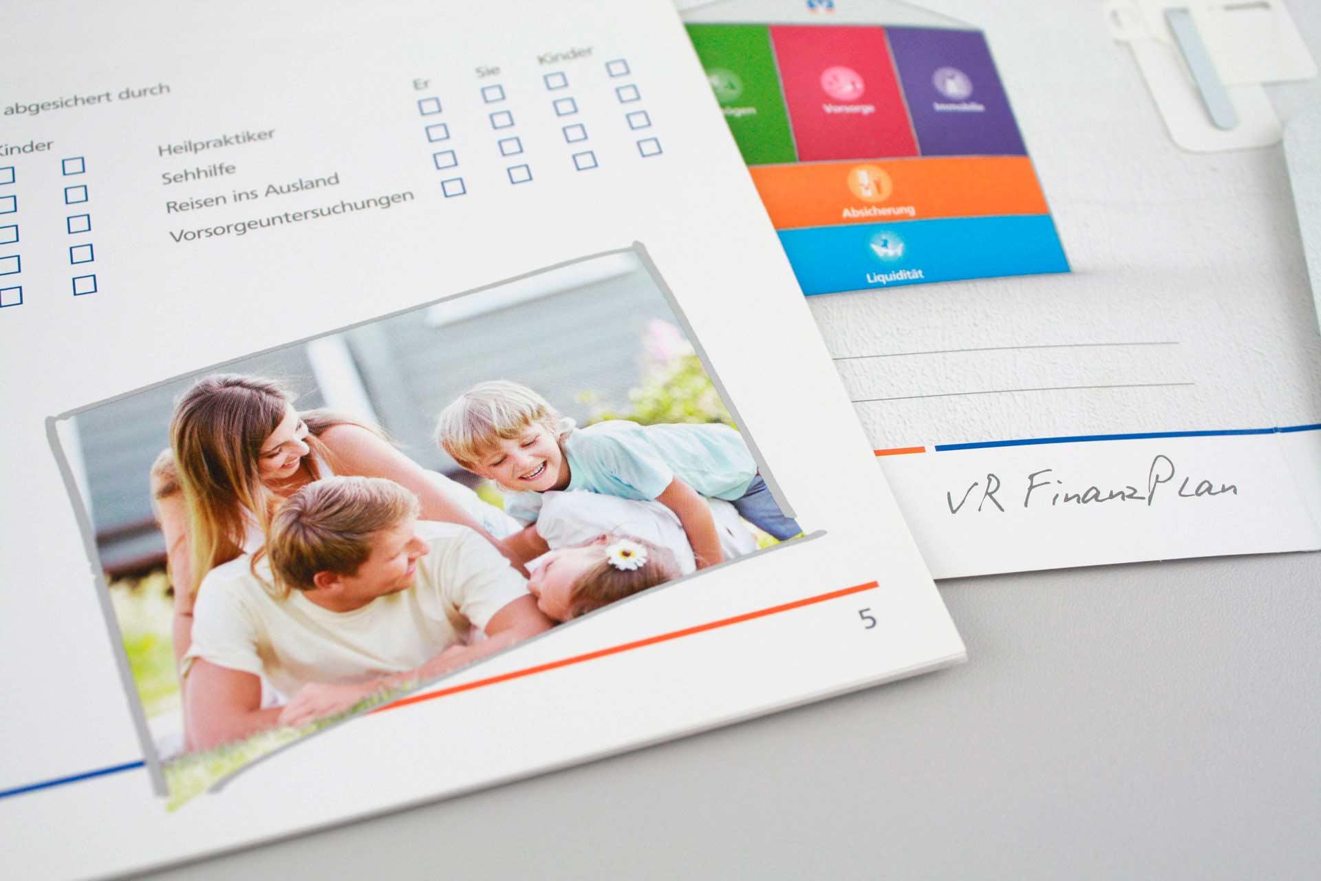Dialog-Marketing, Kundenzeitung, Geschäftsausstattung der RV Bank Rhein-Haardt eG - MATRICKS MARKETING